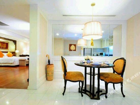 是隆中央酒店(Centre Point Silom)湄南至尊套房