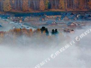布爾津禾木明月山莊