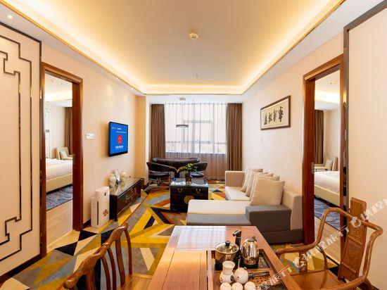珠海香江維克酒店(Zhuhai Hongkong Victory Hotel)花園兩房一廳套房