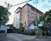 巴厘島登巴薩雷農普拉亞桑德希普普坦杜亞酒店