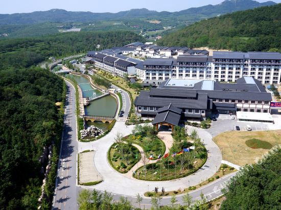 Dongquan Hot Spring Holiday Hotel