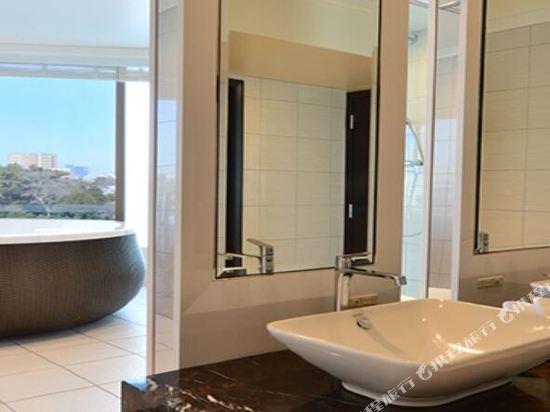 東京椿山莊大酒店(Hotel Chinzanso Tokyo)園景一卧室浴室套房