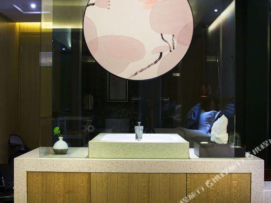 柏高酒店(廣州天河北天平架地鐵站店)(Paco Hotel (Guangzhou Tianhebei Tianpingjia Metro Station))高級大床房