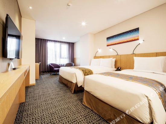 首爾帝馬克豪華酒店明洞(Tmark Grand Hotel Myeongdong)行政樓層家庭雙床房