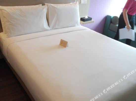 吉隆坡宜必思尚品弗拉斯爾商務園酒店(Ibis Styles Kuala Lumpur Fraser Business Park)標準城景大床房