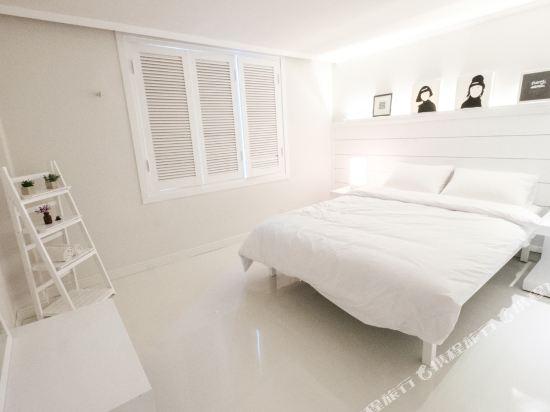帆布旅舍(Canvas Hostel)標準大床房