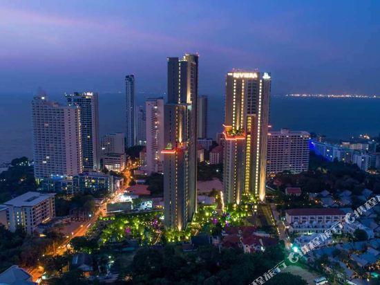 阿縵芭提雅天空之城公寓式酒店(Among Riviera City of Sky Pattaya)外觀
