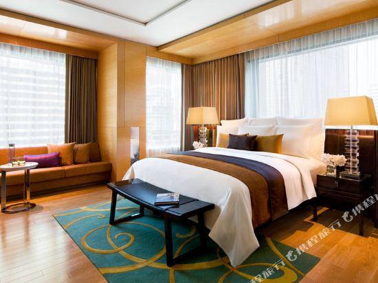 曼谷拉差阿帕森購物區萬麗酒店(Renaissance Bangkok Ratchaprasong Hotel)家庭套房