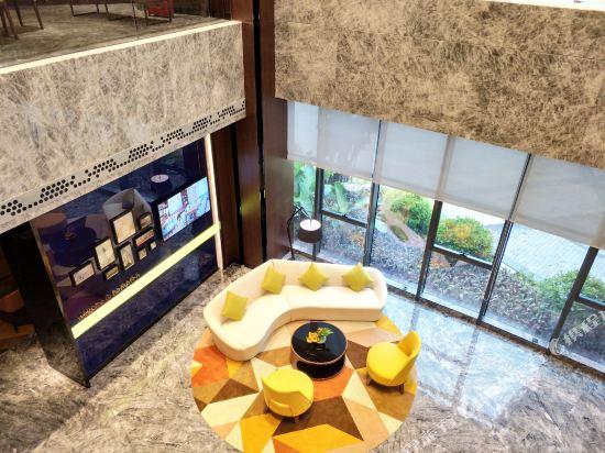 中山南朗希爾頓歡朋酒店(Hampton by Hilton Zhongshan Nanlang)大堂吧