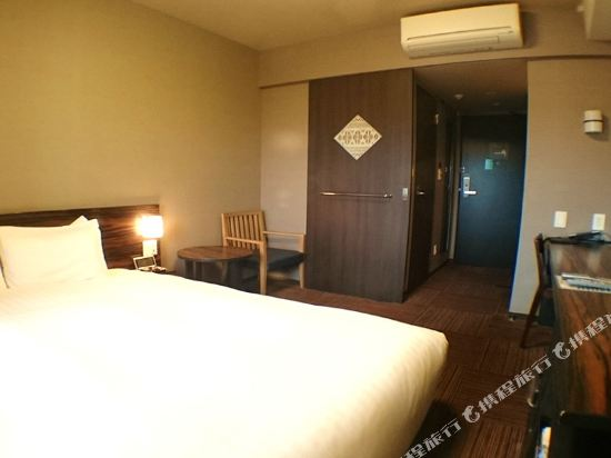 福岡天然温泉博多運河城前多米高級酒店(Hotel Dormy Inn Premium Hakata Canalcitymae Fukuoka)特大床房