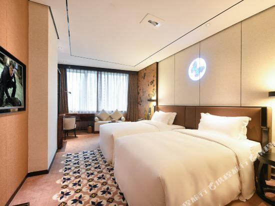 美豪麗致酒店(深圳東門老街地鐵站店)(Mehood Lestie Hotel (Shenzhen Dongmen Pedestrian Street Metro Station))麗致豪華雙床房