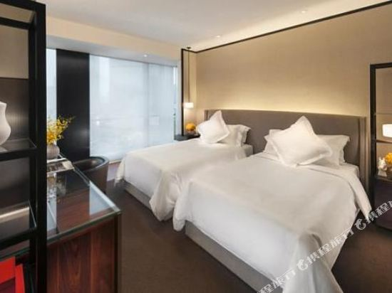 廣州文華東方酒店(Mandarin Oriental Guangzhou)東方會豪華客房