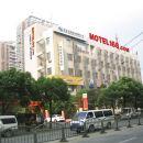 莫泰酒店(上海浦東聯洋新國際博覽中心楊高中路地鐵站店)