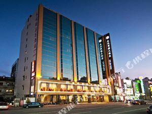 嘉義永悅商務大飯店(EVER DELIGHTFUL BUSINESS HOTEL)