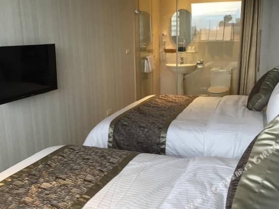台北愛玩客酒店
