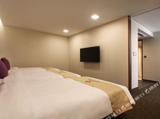 空中花園東大門金斯敦酒店(Hotel Skypark Kingstown Dongdaemun)公寓三人房