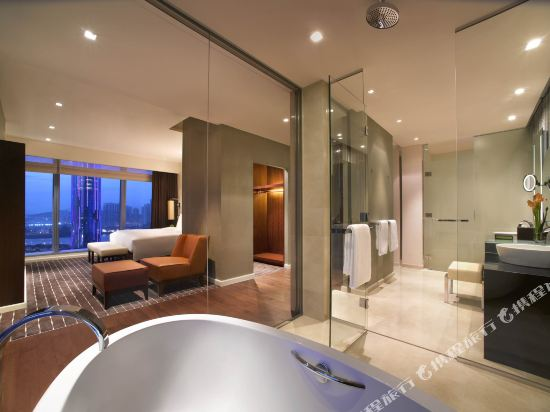澳門君悅酒店(Grand Hyatt Macau)嘉賓軒動感噴泉景行政套房