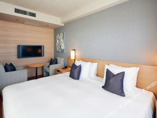 福岡天神UNIZO酒店(HOTEL UNIZO Fukuoka Tenjin)特大床房(帶陽台)