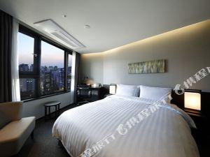 首爾麻谷華美達安可酒店(Ramada Encore Seoul Magok)