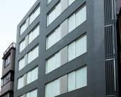 B:孔特淺草酒店