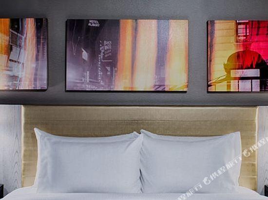 紐約時代廣場西希爾頓逸林酒店(Doubletree by Hilton New York Times Square West)河景下城區特大床房