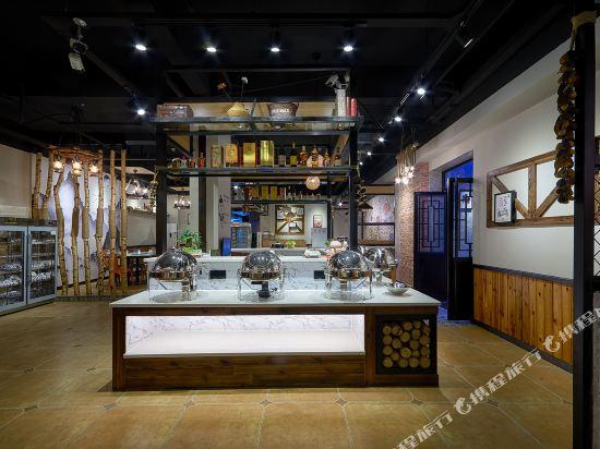 尚品假日酒店(廣州新白雲國際機場店)(S P Holiday inn)餐廳