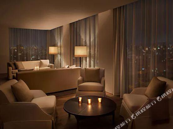 紐約共和酒店(Public New York)頂層房1號