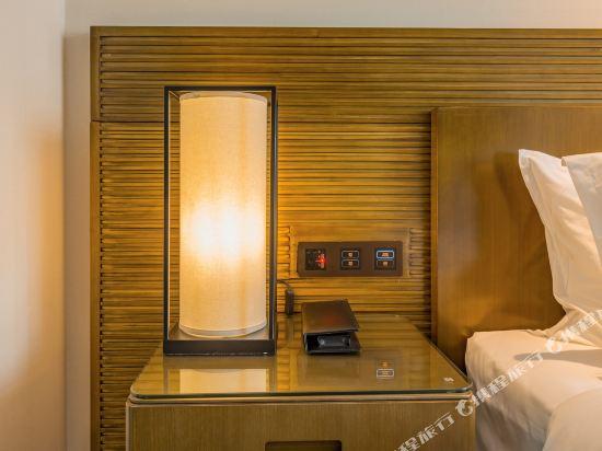 上海智微世紀麗呈酒店(REZEN HOTEL SHANGHAI ZHIWEI CENTURY)豪華智能大床房