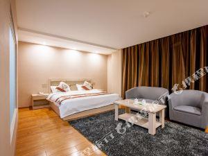 TOWO上品酒店(昆明長水機場店)(TOWO Toping Hotel)
