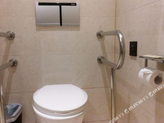 深圳阪田希爾頓歡朋酒店(Hampton by Hilton Shenzhen Bantian)殘疾人客房
