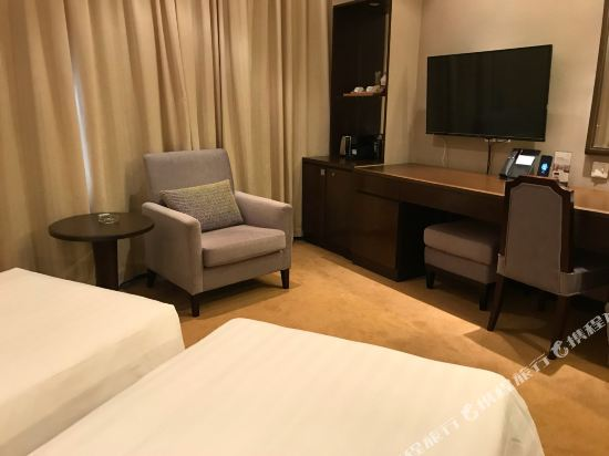 香港南洋酒店(South Pacific Hotel)行政雙床客房