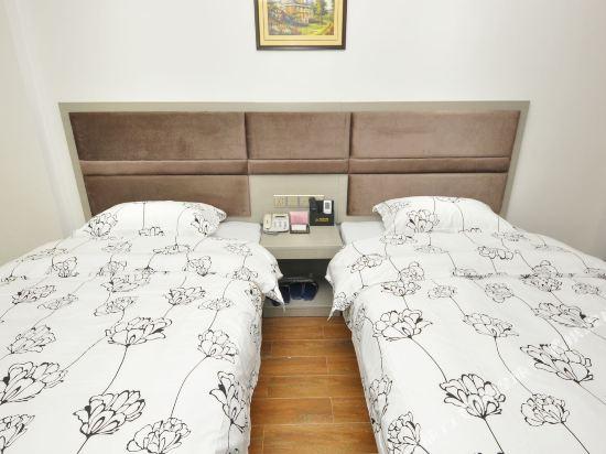 尚品假日酒店(廣州新白雲國際機場店)(S P Holiday inn)豪華雙床房