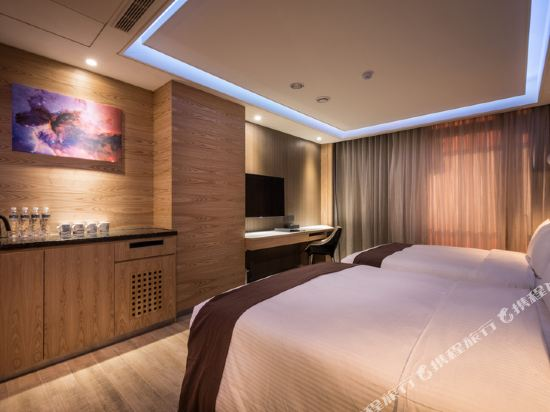 台中星動銀河旅站(Moving Star Hotel)享金客房