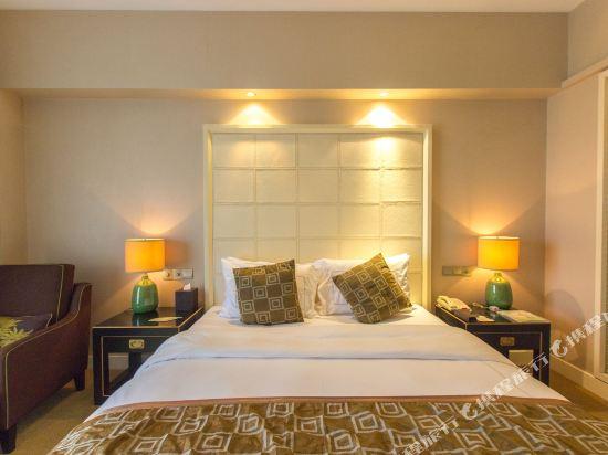 中山東方海悅酒店(Hiyet Oriental Hotel)豪華江景客房