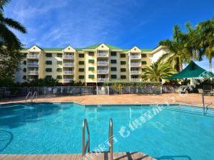基韋斯特日出套房度假公寓式酒店(Sunrise Suites Resort Key West)
