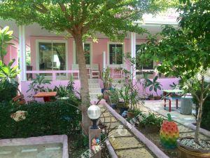 芭堤雅因索克度假村(Insook Resort Pattaya)