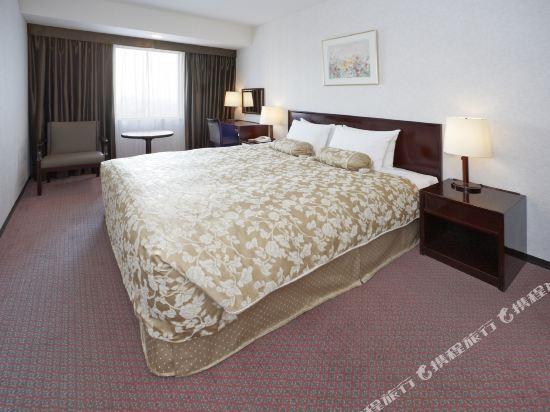 東京太陽城王子大酒店(Sunshine City Prince Hotel Tokyo)陽光樓層大床房