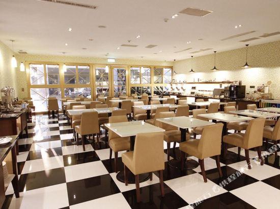 樂逸商旅(高雄六合夜市南華館店)(La Hotel)餐廳