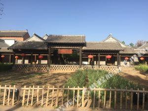 孟州莫溝村酒店