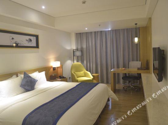 天和酒店(深圳機場T3航站樓店)(Tianhe Hotel (Shenzhen Airport Terminal 3))行政大床房