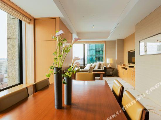 大阪洲際酒店(InterContinental Osaka)轉角兩卧室豪華住宅套房