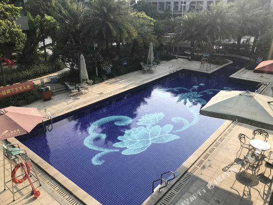 碧桂園空港鳳凰酒店(廣州新白雲機場店)(Country Garden Airport Phoenix Hotel)室外游泳池