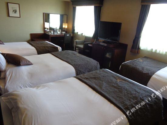 大阪蒙特利格拉斯米爾酒店(Hotel Monterey Grasmere Osaka)四人房