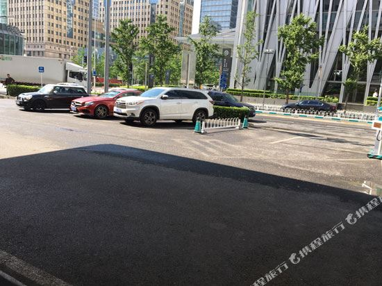北京5L飯店(5L Hotel)停車場