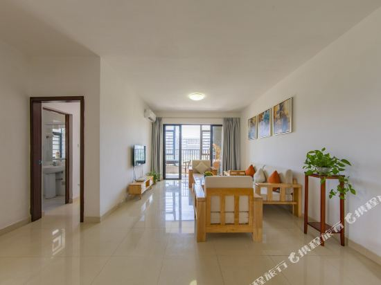 Q加·泰萊童趣主題公寓(珠海橫琴海洋王國店)(Q+ Tailai Tongqu Theme Apartment (Zhuhai Chimelong Ocean Kingdom))現代簡約豪華三房兩廳兩衞