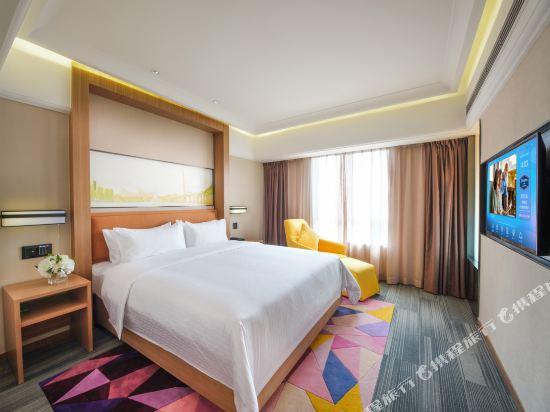 深圳阪田希爾頓歡朋酒店(Hampton by Hilton Shenzhen Bantian)商務套房