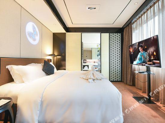 美豪麗致酒店(深圳東門老街地鐵站店)(Mehood Lestie Hotel (Shenzhen Dongmen Pedestrian Street Metro Station))雅緻豪華套房
