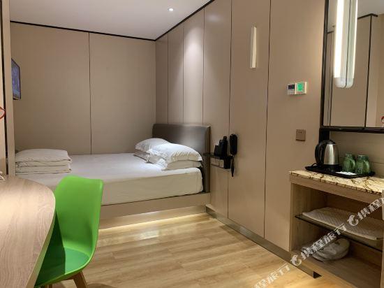 中山特高商務酒店(Tegao Business Hotel)小微迷你大床房