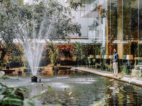 吉隆坡香格里拉大酒店(Shangri-La Hotel Kuala Lumpur)豪華客房