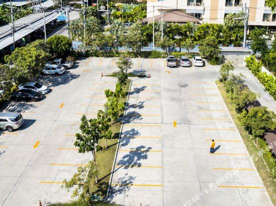 G華欣度假酒店及購物中心(G Hua Hin Resort & Mall)停車場